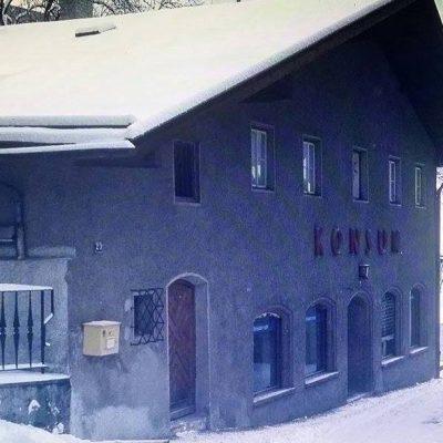 Kosum im Jahr 1975.