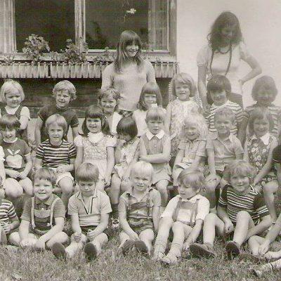 Gruppe-Tante Claudia. DFoto stammt aus dem 1973. Vielen Dank an Herrn Wolfgang Holzmann für das Bild.as Foto stammt aus dem 1972. Vielen Dank an Herrn Wolfgang Holzmann für das Bild.