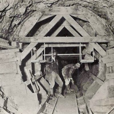Stollenbau für das Achenseekraftwerk im Jahr 1925.