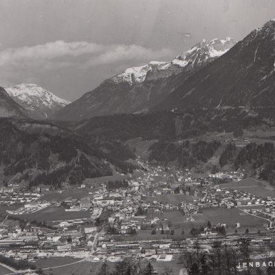 Ansicht auf Jenbach im Jahr 1954.