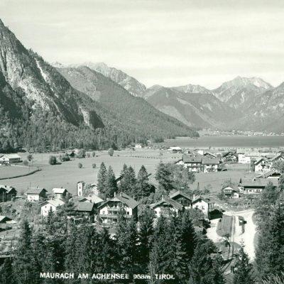 Maurach am Achensee im Jahr 1956.
