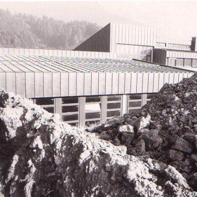 Bau der HTL-Jenbach im Jahr 1979. Vielen Dank an Herrn Martin Brunner für das Foto.