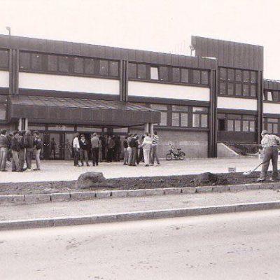 Bau der HTL-Jenbach im Jahr 1981. Vielen Dank an Herrn Martin Brunner für das Foto.