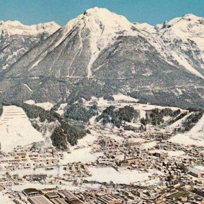Das winterliche Jenbach in den 80er Jahren.