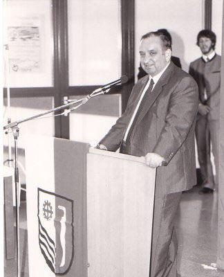 Unterrichtsminister Sinowatz