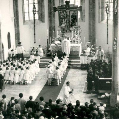 Erstkommunion 1960 in Jenbach. Vielen Dank an Herrn Widauer für das Foto.