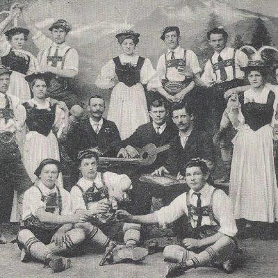 Der Trachtenverein Jenbach wurde am 12 August 1906 gegründet.