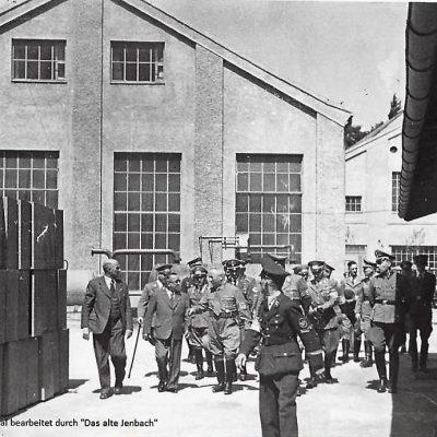 Besichtigung des Werkes durch Ernst Heinkel und Direktor Gräff.