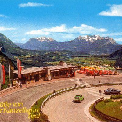 Das Rasthaus Kanzelkehre im Jahr 1975. Der Eingang zum Zillertal ist noch unverbaut.