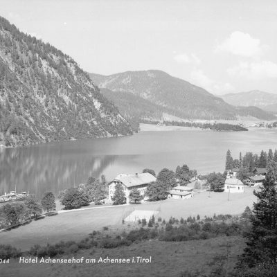 Hotel Achenseehof im Jahr 1950.