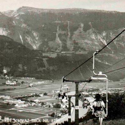 Der alte Berg und Skilift in Schwaz.