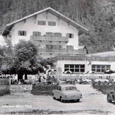 Hotel Achenseehof im Jahr 1951.