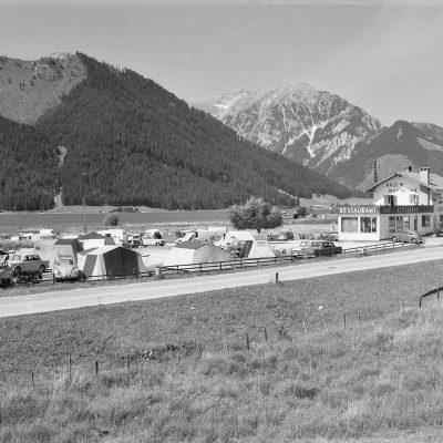 Campingplatz Buchau am Achensee im Jahr 1966.