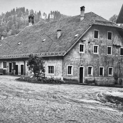 Das alte Bierdepot der Brauerei Jenbach. Heute steht dort der T&G Markt. Das Jahr ist leider nicht bekannt.